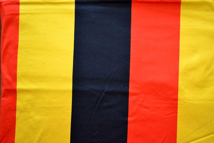 Baumwollstoff   Deutschland   Schwarz, rot, gelb   www.feendesign-shop.de