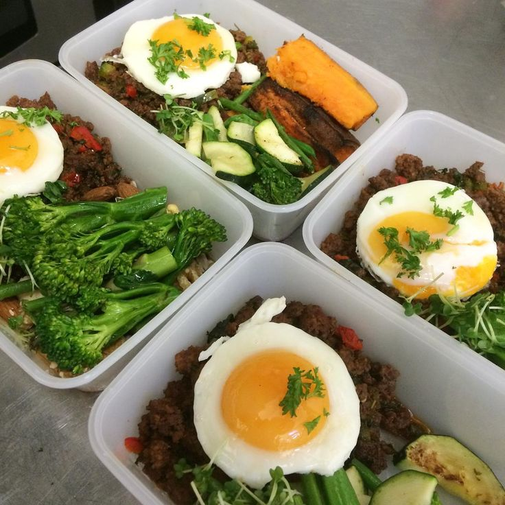 Meal preps will a twist our very own chilli mince beef and egg! Something a little different! If you fancy making a lifestyle change we can help! Fresh meals delivered or can be collected in store everyday! #thehealthycheflondon #thehealthychef #teamhealthy #healthy #healthychef #health #mealprep #mealprepping #mealplan #meals #fresh #food #foodie #foodporn #fitness #fitfam #fitspo #fitinspiration #abs #aesthetic #aesthetics #goals #nutrition #diet #weights