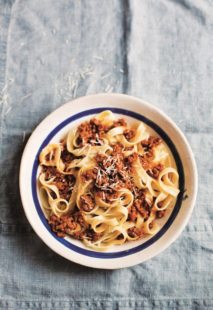 Anna Del Conte Ragu Alla Bolognese / pasta / dinner