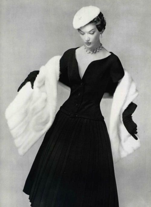 Dior - 1954 / Fashion Nostalgy