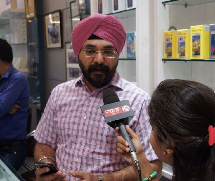 "Watch Global Gadgets M.D. Gurvinder Singh talking on #iPhone7 excitement in Delhi on ""Satark"" Channel #News24,at 11pm tonight."
