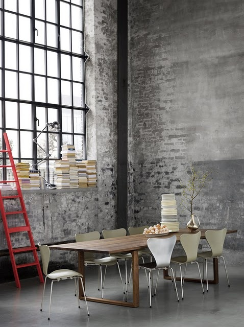 Camouflaged at first sight.. but very noticeable by the terrified chairs. Look at the poor loves, they are rigid with fear..!: Dining Rooms, Cecilio Manz, Window, Brick Wall, Fritz Hansen, Fritzhansen, Expo Brick, Arne Jacobsen, Dining Tables