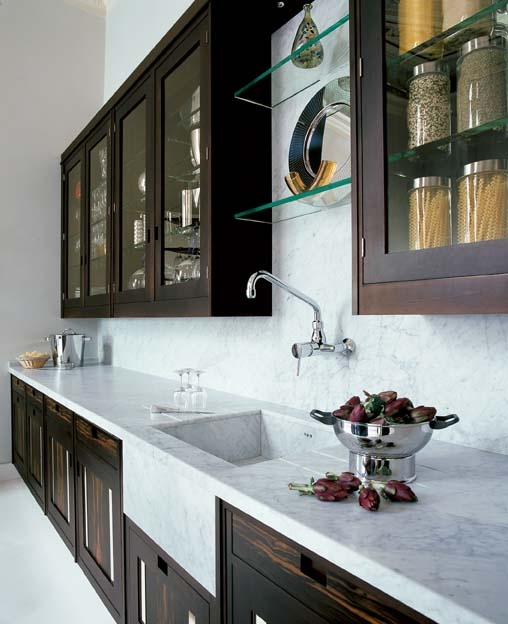 Kitchen Backsplash Same As Countertop: Love The Dark Cabinets And Light Countertops. This Exact
