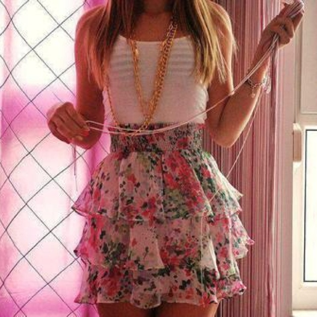 : Summer Dresses, Floral Prints, Floral Skirts, Summer Outfit, Style, Cuteoutfit, Cute Outfit, Summer Clothing, Ruffles