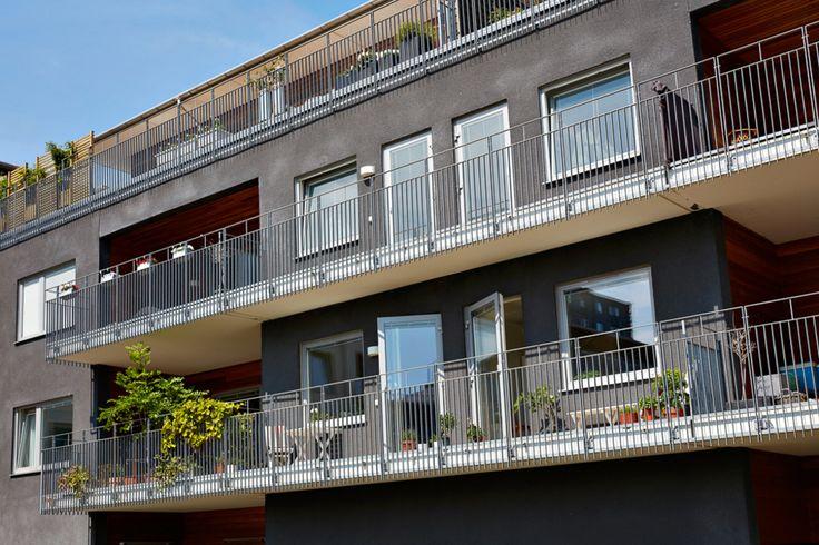 Lägenhet med balkong i söderläge