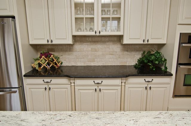 Best 42 Best Kitchen Dark Countertops Images On Pinterest 640 x 480