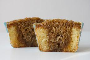 Mille Maries muffins er en krydsning mellem en drømmekage og en mazarin. En muffin med marcipan i dejen og masser af kokosremonce i og ovenpå kagerne.