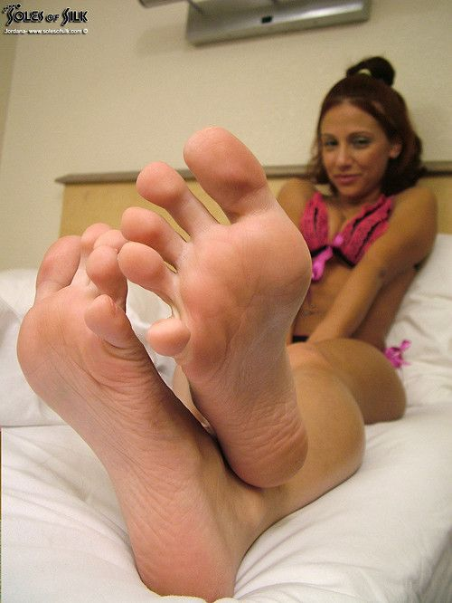 3 girls sexy soles and toes 9