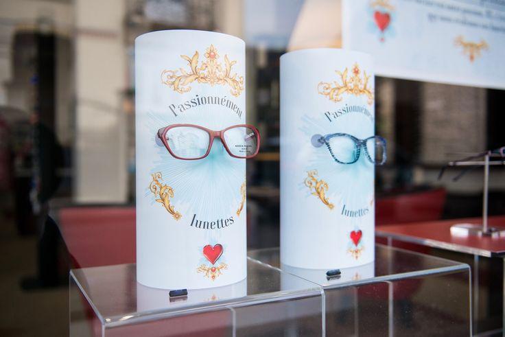 Programme de Théâtralisation vitrines mensuel pour opticiens indépendants (Agence 100% pour LUZ optique) #vitrines #windows #opticiens #opticien #optique #optic #communication #design