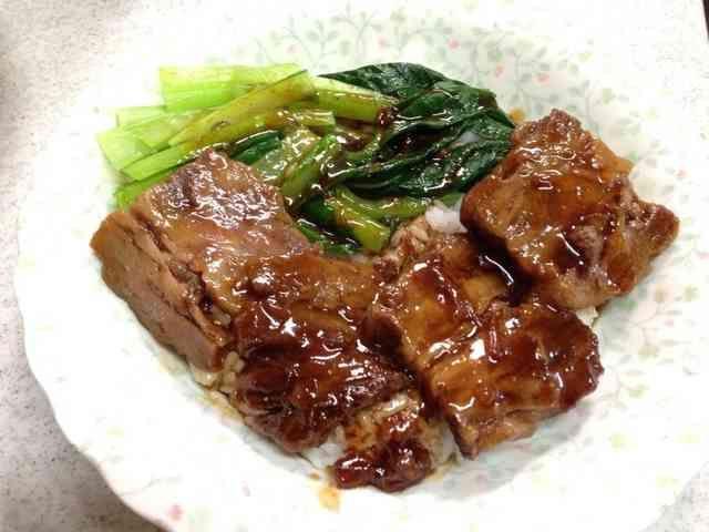 シェフ直伝牛腩飯 ギュウナンハン牛バラ丼の画像