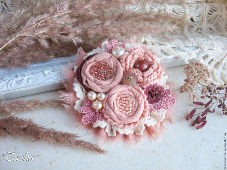 """Купить """"Мадлен"""" брошь бохо цветок коралловый розовый украшение - брошь цветок, брошь"""