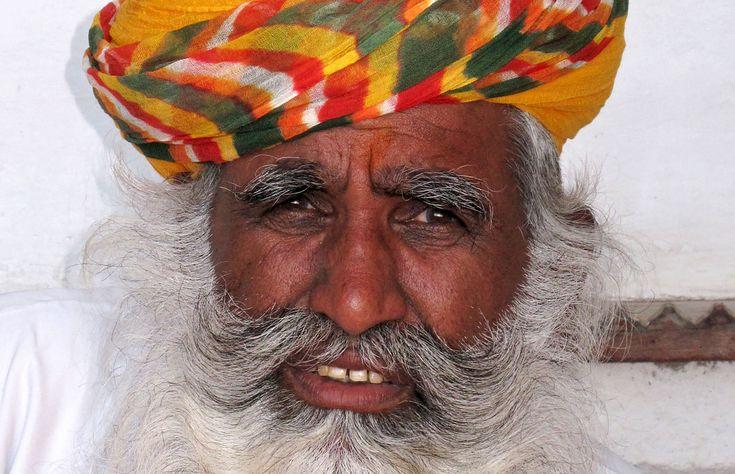 Rajasthani man in traditional clothes, Mehrangarh Fort, Jodhpur