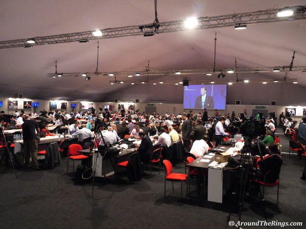 The media workroom full to bursting during the 2020 presenations. (ATR)