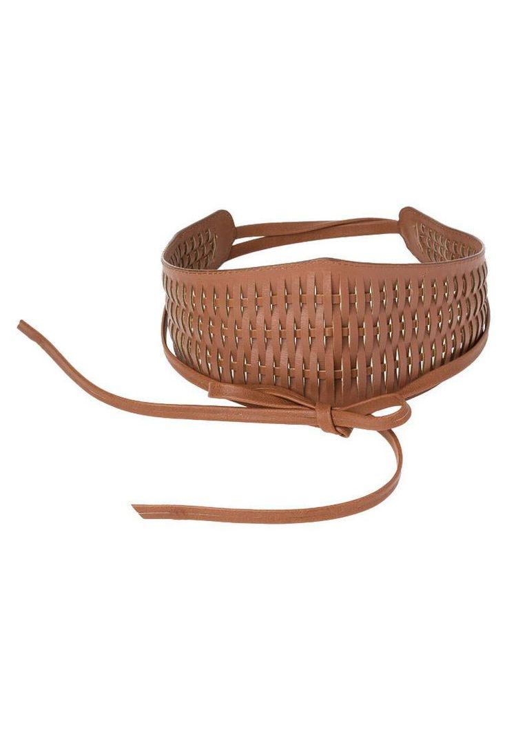 Anna Field. Cintura - cognac. #cintura #cinture #vitaalta #zalandoIT #fashion Composizione:100% Poliuretano. Materiale:intrecciato,fintapelle. Lunghezza:240 cm nella taglia One Size. Chiusura:Nodo. Fantasia:monocromo
