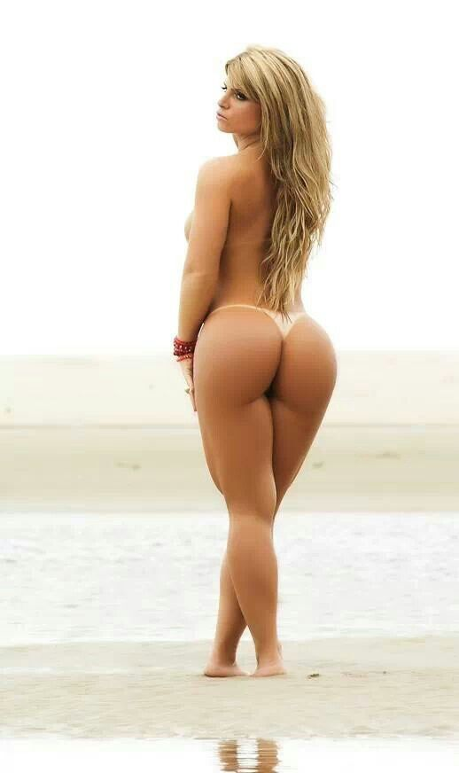 Thick girls squating naked