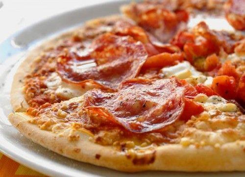 Домашняя пицца: 3 самых быстрых рецепта / Простые рецепты
