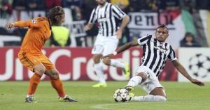 Arturo Vidal antes jugó en Bayer Leverkusen y en Colo Colo. Pasará este martes revision medica en Barcelona. May 05, 2014