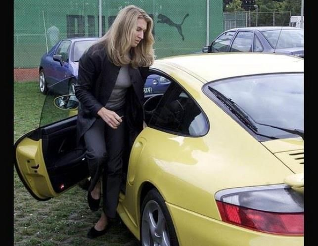 photo of Steffi Graf  - car