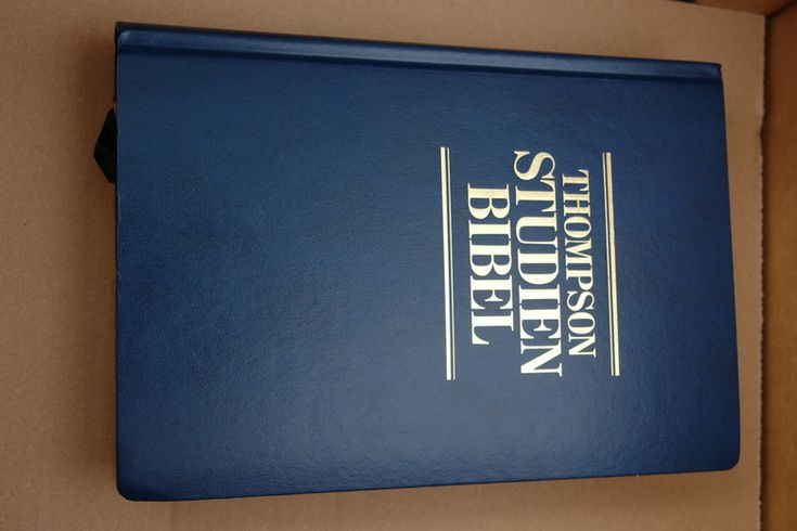LUXURY EDITION !  Amazing BIBLE Study TOOL . GERMAN THOMPSON CHAIN-REFERENCE STUDY BIBLE / THOMPSON STUDIEN-BIBEL.Usually ships in 24 hours! Buy with CONFIDENCE!