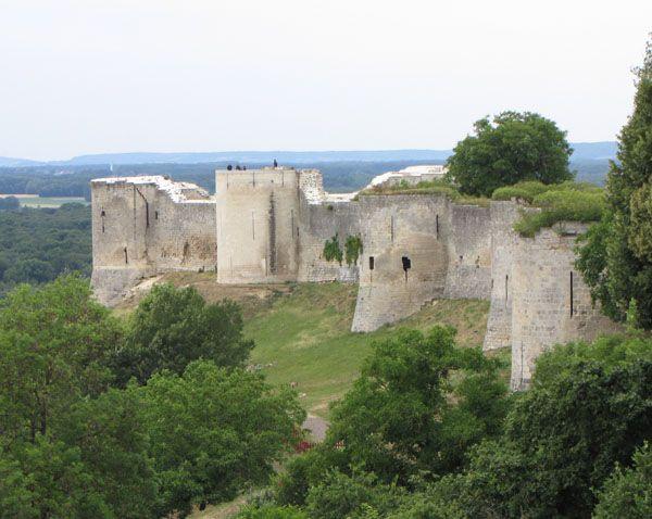 Château de Coucy, XIIIe siècle.