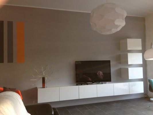 68 notre maison toit plat 105 m2 le r cit de la for Meuble suspendu salon ikea
