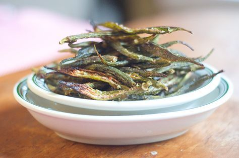 Okra Chips from @Lana Stuart | Never Enough Thyme http://www.lanascooking.com/2013/06/25/okra-chips/