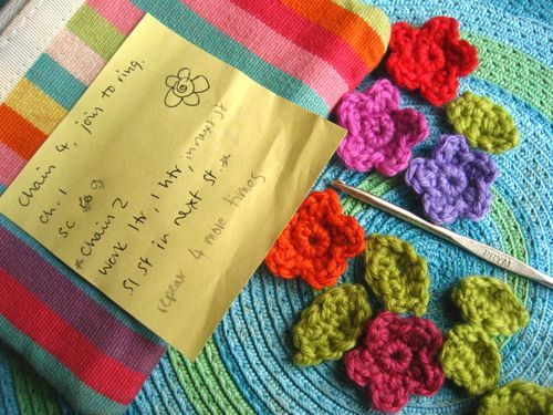 Amigurumi Flower Tutorial : Best crochet it flowers hearts butterflies amigurumi