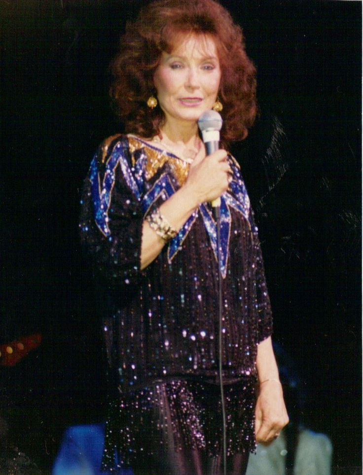 299 Best Miss Loretta Lynn Images On Pinterest