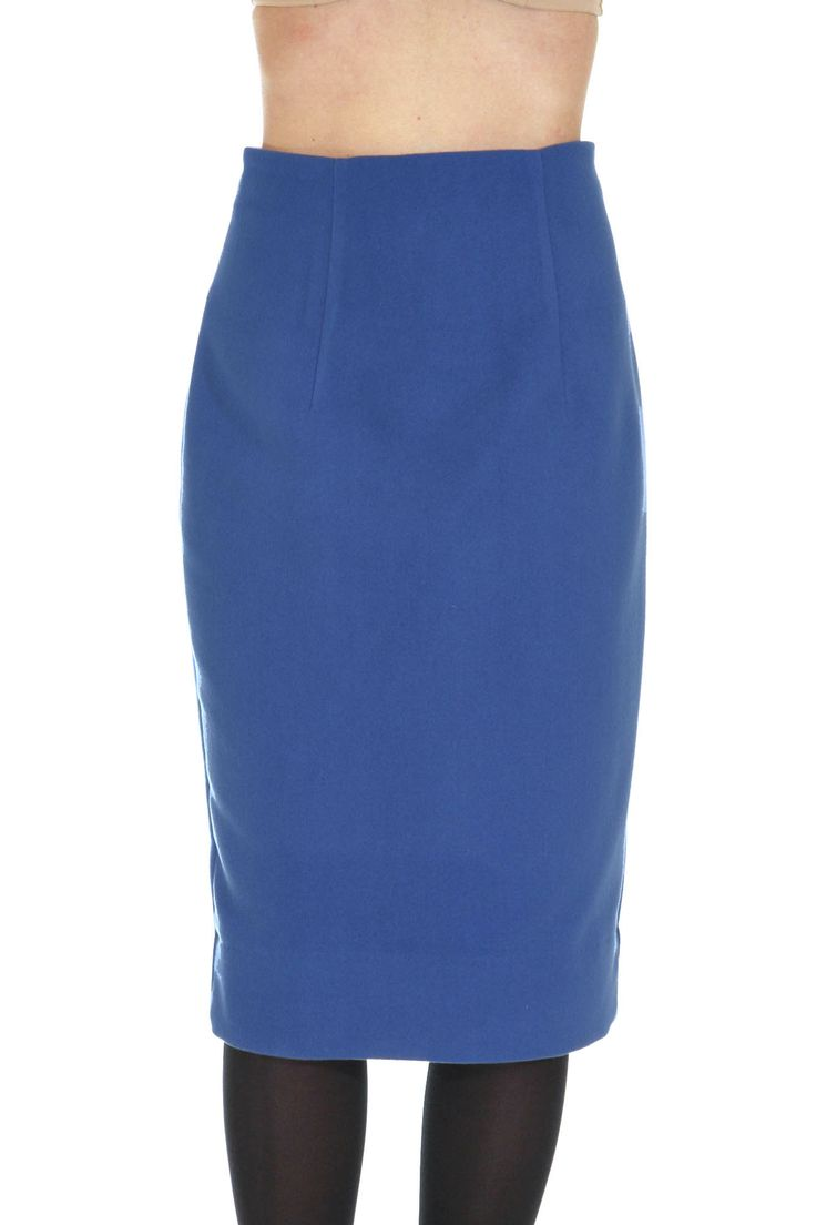 Pencil skirt in a super soft wool blend fabric Zip closure at the back by lavacaloca