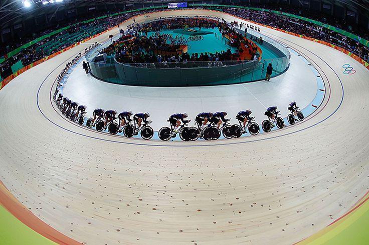 Olimpíadas Rio - 2016. Prova de ciclismo de pista.  Fotografia: Fernando Frazão / Agência Brasil.
