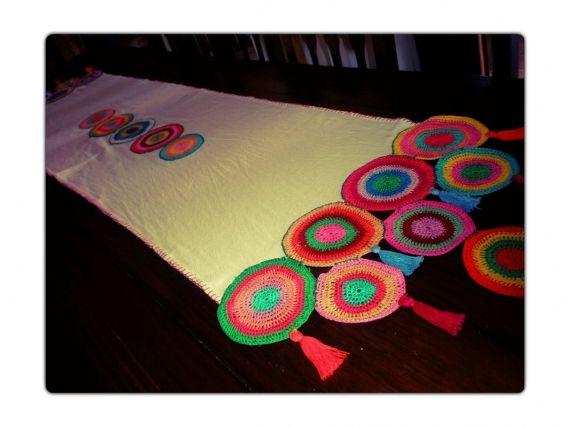 17 mejores ideas sobre mantas de crochet de arco iris en for Como hacer caminos de mesa modernos