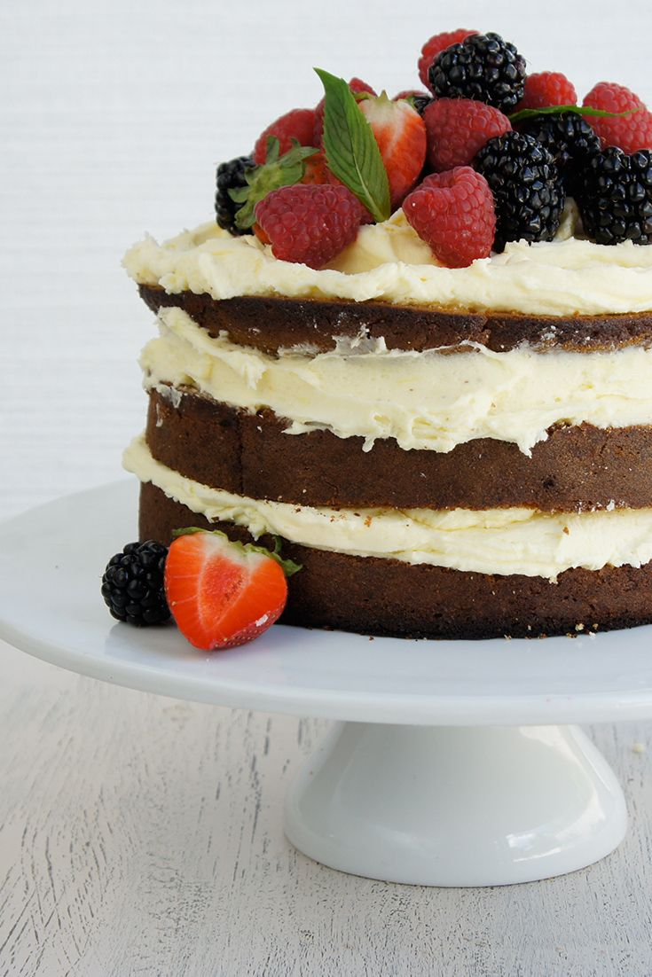 Need an easy 'save the day' cake? Try this beautiful Plain Cake by auszieplayer.