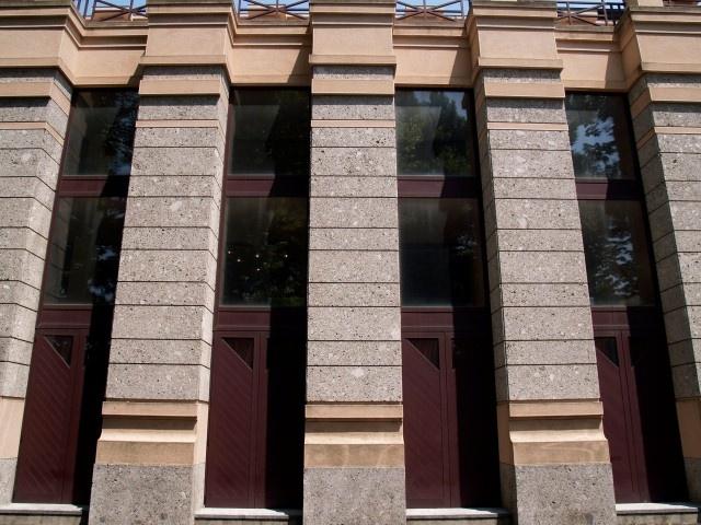 Design for external and internal use www.pethra.eu
