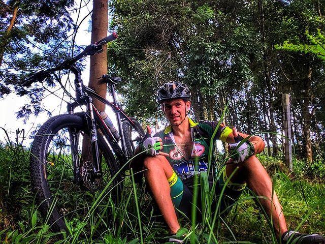 Descascando nas macégas! #Strava #Pedal #Love #bike #beautiful #nature #mtb #biker #photo #mtblife #shimano #serragaucha #bikelife #bikelife #ciclismo #ciclismo #bicicleta #pedalando #mtblife #happy #bruto #relive #praquempedala #pedallivre #mountainbike #peace #beautifulday #mtblove #doleitorpio #doleitorzh