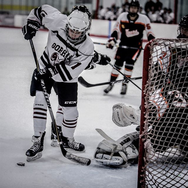 Our Gobema Ladies Hockey Check Another Game Off The List As They Travel To Biddeford Tonight To Take On The Tigers Let S Go Ladies G Bonny Hockey Biddeford