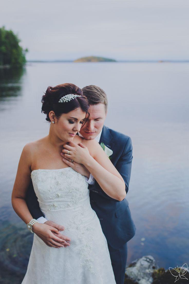 Essi & Samuli wedding portrait