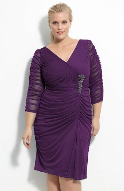 Convidadas plus size: vestidos curtos e lisos Prim/Ver 2012  - Clique na imagem para ver o post completo / Click on the image to check out the whole post