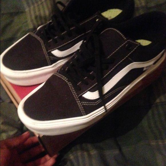 VANS SK8 LOW Vans classic skate lows sz 10.5 Vans Shoes Sneakers