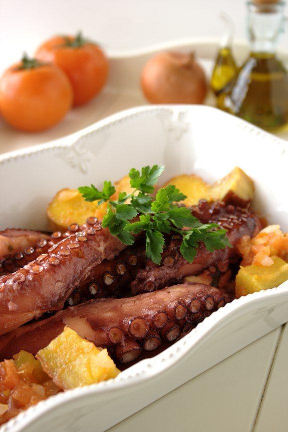 Cinco Quartos de Laranja: Polvo assado com batata-doce de Aljezur do chef Bertílio Gomes.