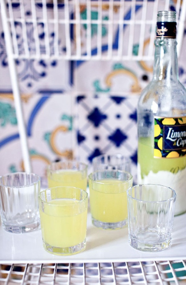 Limoncello + dreams of Praiano clifftops.