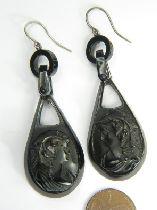 Sibliing earrings