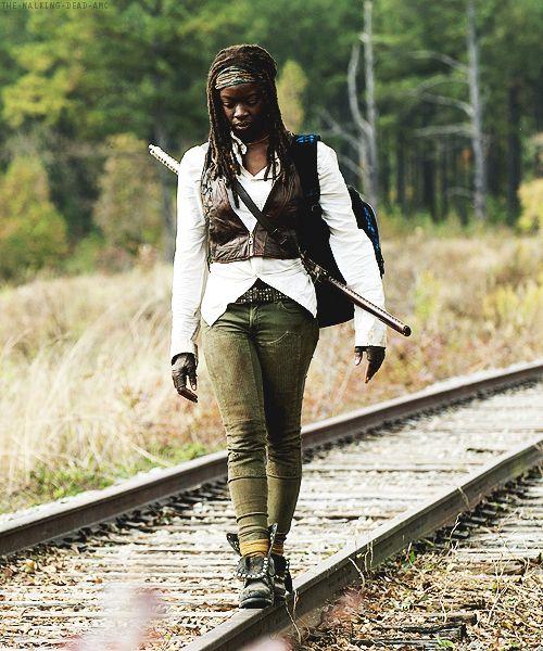 "Michonne 4x15 ""Us"""