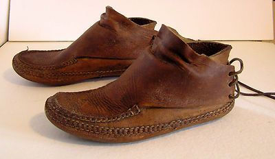 Vintage Carl Dyer Handmade Rendezvous Moccasins