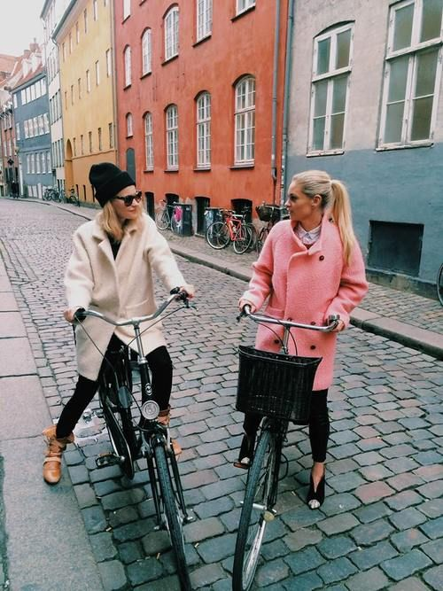 oversized.coats.nice.colours.nice.style.cute.bikes.