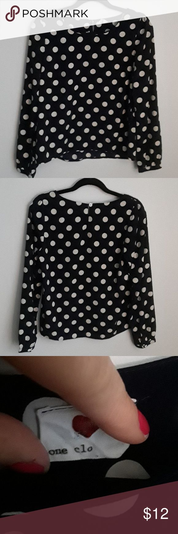 Forever 21 blouse Excellent condition super soft drapes nicely on frame Navy with cream polka dot puckered sleeve at shoulder can tuck in or leave draped out no rips or stains smoke-free home Forever 21 Tops Blouses