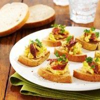 Pour les fêtes | Croustade de pain de seigle grillé et sa brouillade d'oeuf au canard par Boulange des Campagnards