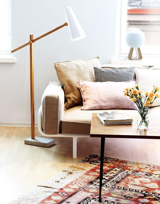 FILLY long neck floor lamp | Himmee
