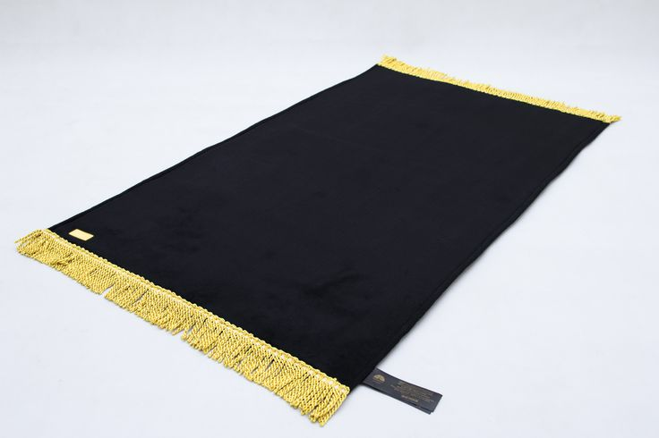 UNIVERSA SAJADAH - BLACK. King Of Prayer Mat #Sajadah Terinspirasi dari keindahan masjid Al Haram, Kabah. Warna : Hitam - Emas ( Black - Gold ) Material : 3F - Fur, Foam, Faux Ukuran : 110 x 65 x 1 CM - 1 Kg Harga : IDR 499.000 / USD 40 For More Info : www.universa.id #sajadah #sajadahpolos #sajadahpremium #sajadahuniversa #sajadahemas #sajadahindonesia #sajadahkabah #sajadahmahar #sajadahhitam #prayermat #mat #sajadahemas #sajadahpolos #pray #ramadan