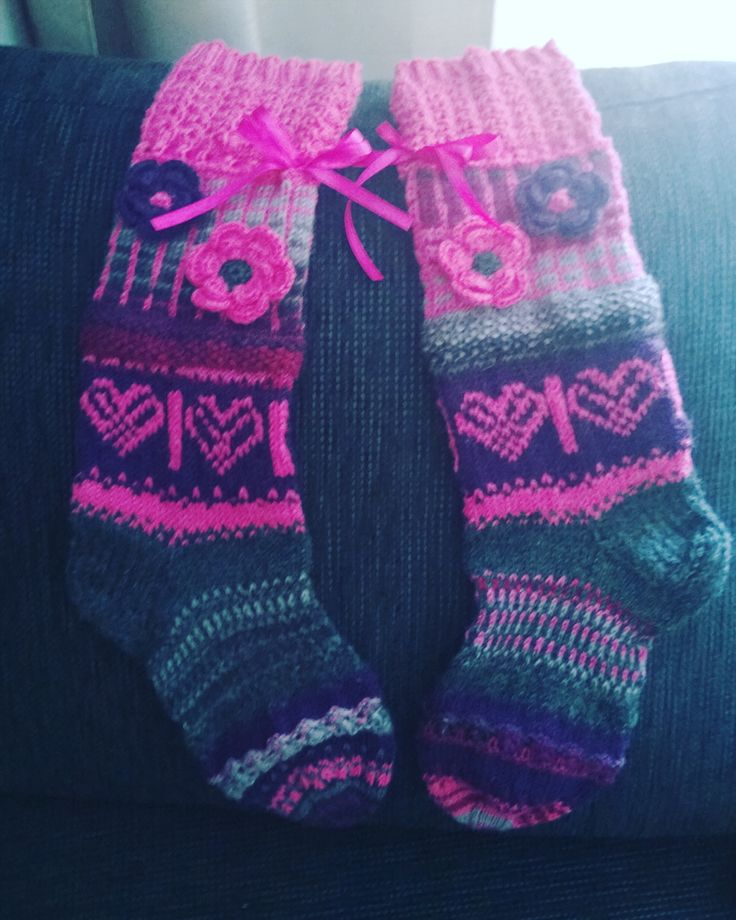 I made christmas present woolsocks for friends <3 Pink!