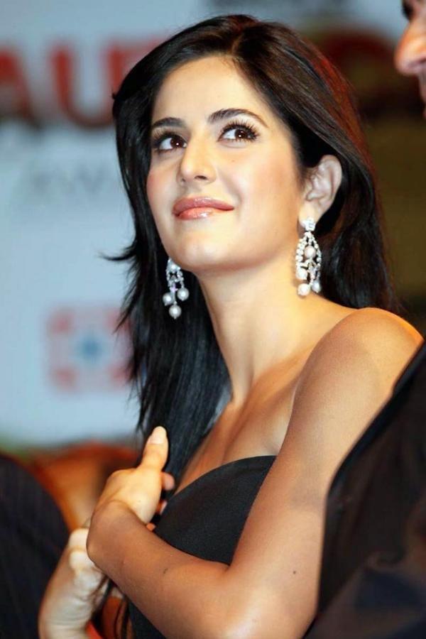 Katrina Kaif looking very beautiful